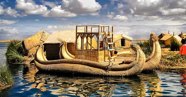 UROS FLOATING ISLAND- PUNO