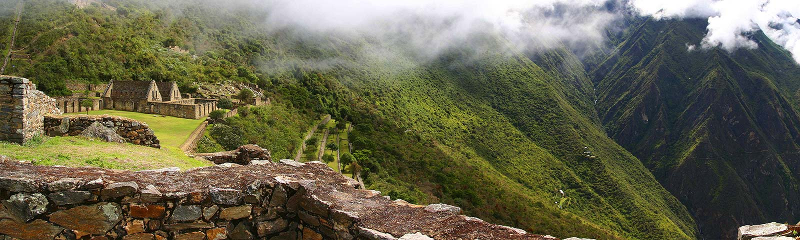 INKA TRAIL, CHOQUEQUIRAO & MACHUPICCHU IN 9 DAYS