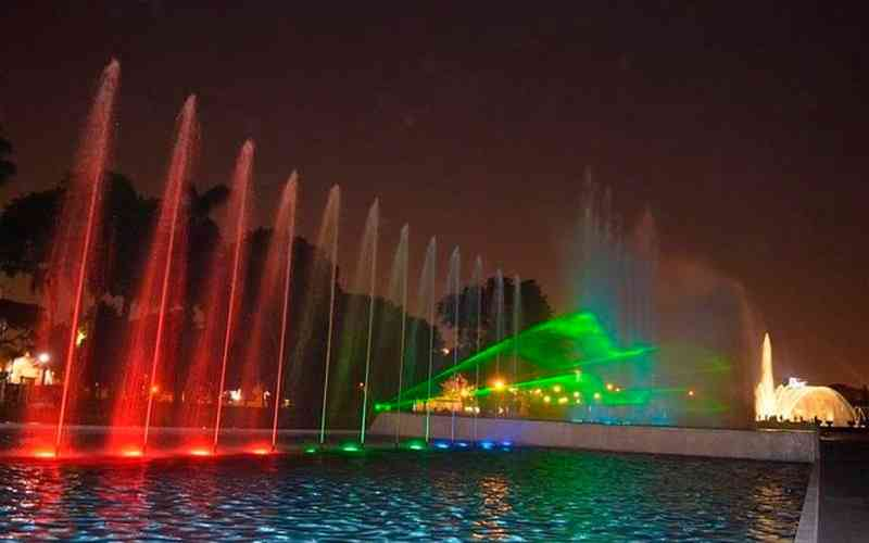 Colorfull Night - Lima