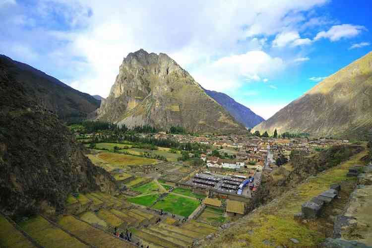 DAY 12: SACRED VALLEY TOUR