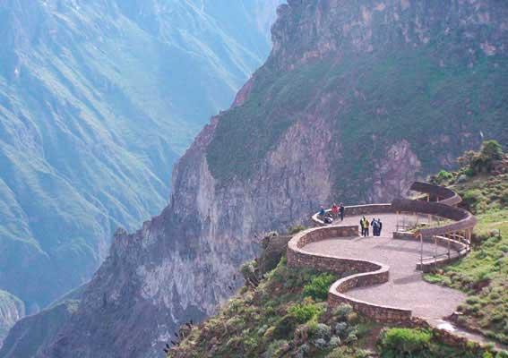 Cruz del Condor - Arequipa